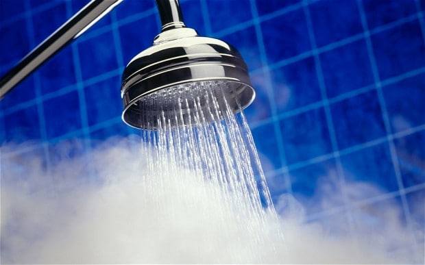Photo of Banyodaki Duşlarda Crohn Hastalığını Tetikleyen Bakteriler