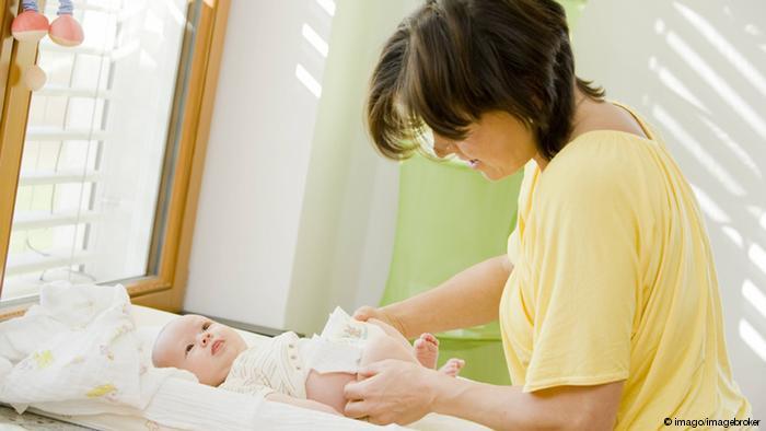 Photo of Bebek dışkısındaki bakterinin tedavi gücü keşfedildi
